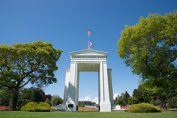 Peace Arch historic site