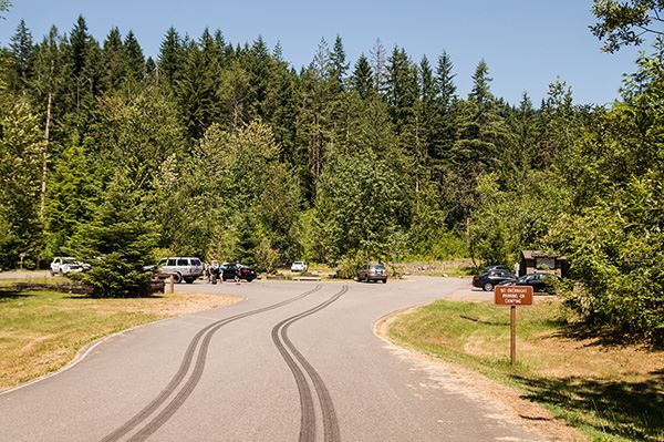 Squak Mountain parking area