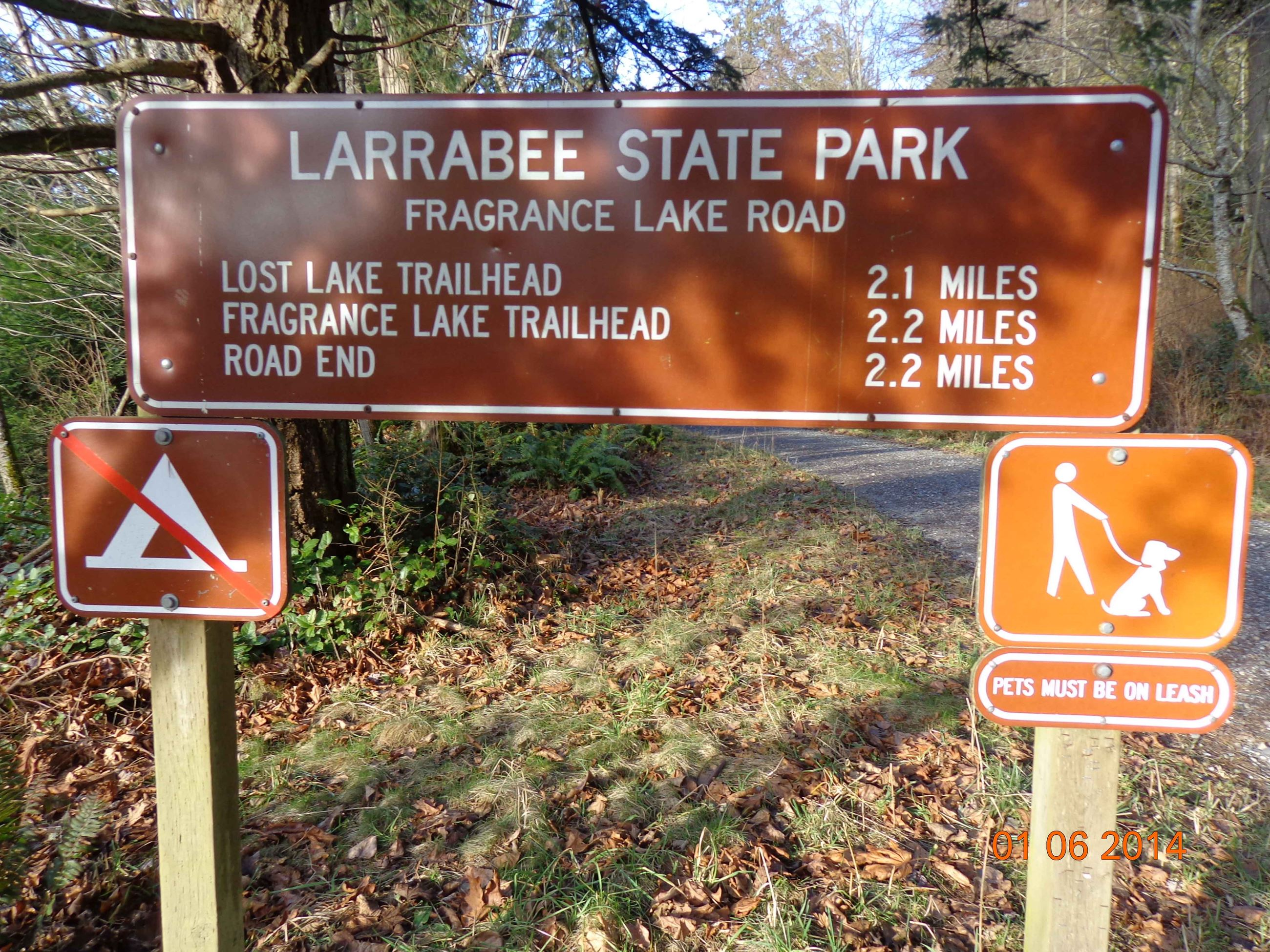 Fragrance lake trailhead sign