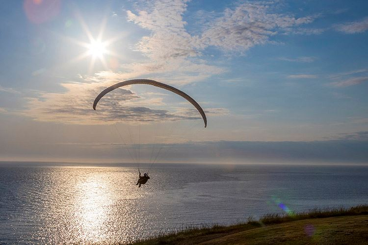 Fort_Ebey-paragliding
