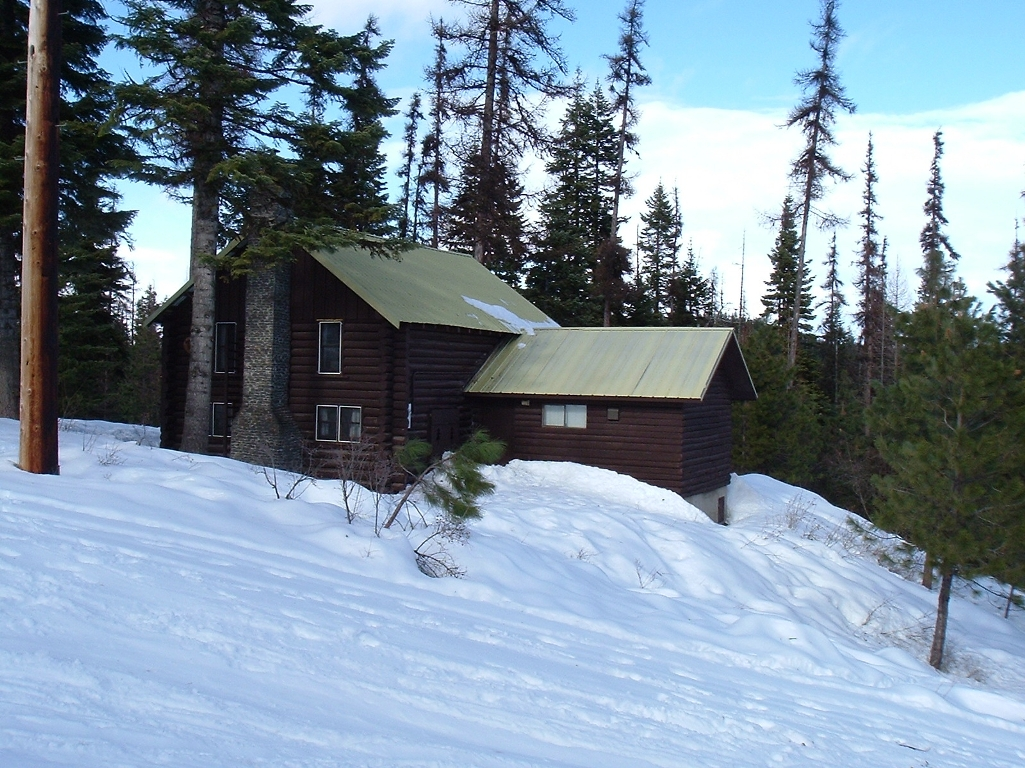 Wohelo winter cabin
